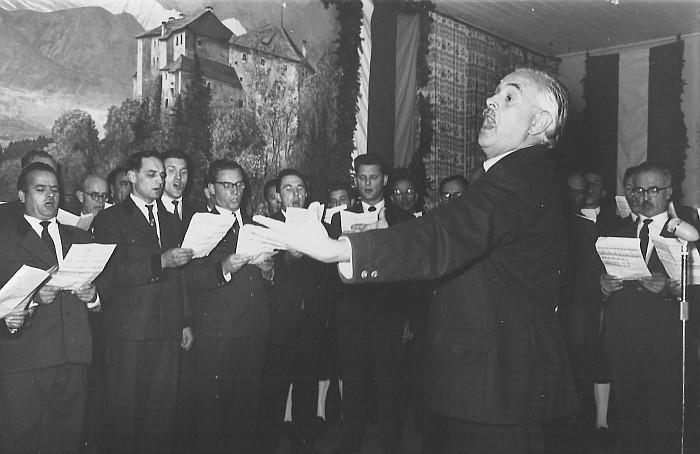 MGV Seerösl Liederwettbewerb mit Chorleiter Franz Babitsch 1960
