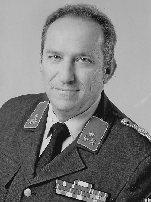Mag. Ulrich Nemec (Rechtsanwalt) 2003-