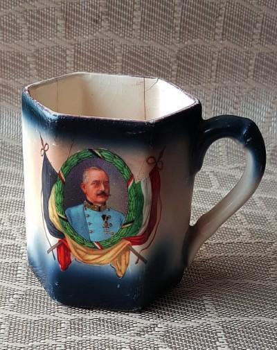 Kaffeetasse von Annys Mutter Anna