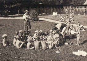 Bad Stich Kindergartengruppe 1941