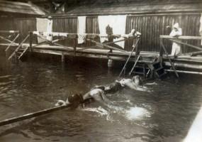 Badeanstalt Krumpendorf Schwimmtraining 1893