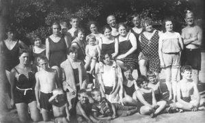 Badegruppe Krumpendorf 1926