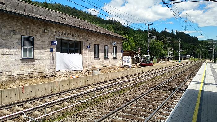 Umbau von Bahnsteig 1