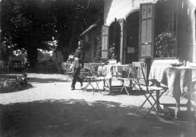 Bahnhofsrestauration beim Sontag 1893