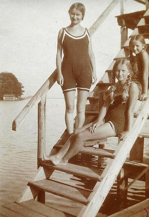 Die Egger Mädels in Bad Stich 1920er