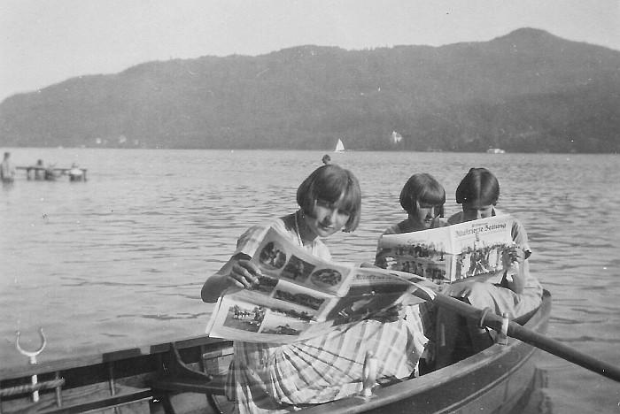 Die Egger-Töchter im Ruderboot 1920er