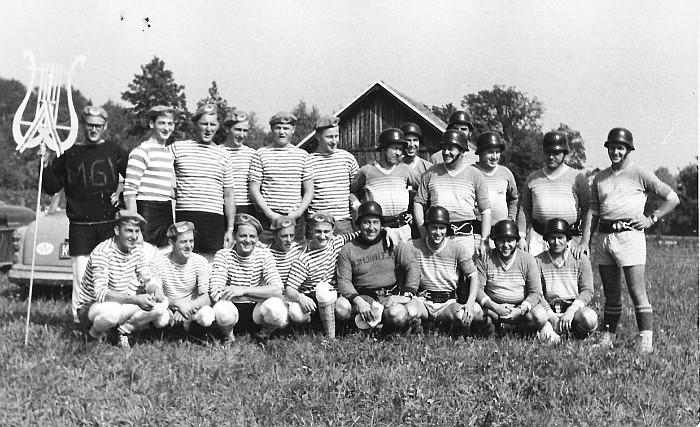 Sportplatzeröffnung 1963, MGV Seerösl gegen FFK