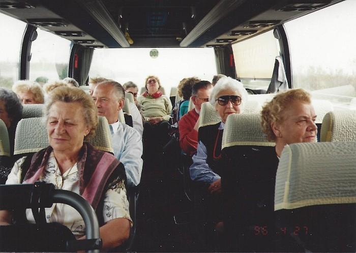 Reisegruppe im Filler-Bus