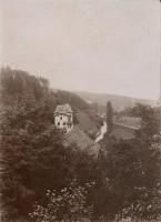 Blick vom Römerweg auf die Hauptstraße 1890