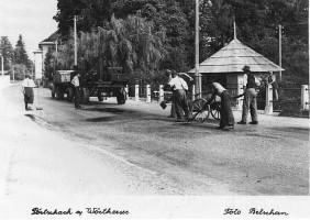 Teerarbeiten an der Hauptstraße