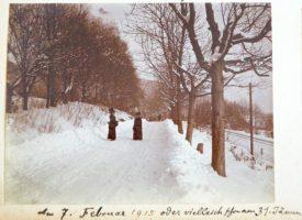 Hauptstraße im Winter beim Schrotturm 1915