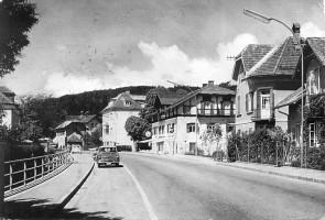 Hauptstrasse mit Bach 1975