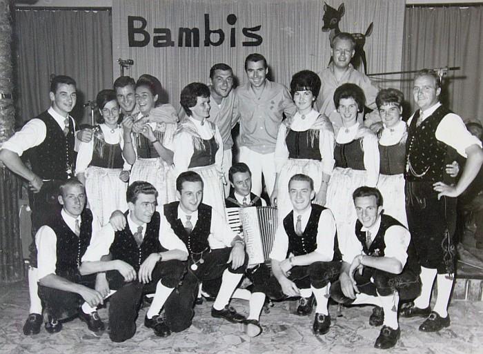 Die Bambis mit der Volkstanzgruppe Krumpendorf 1965