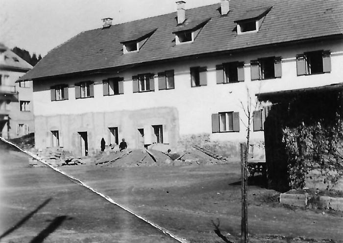 Hotelbau kurz vor Fertigstellung 1941