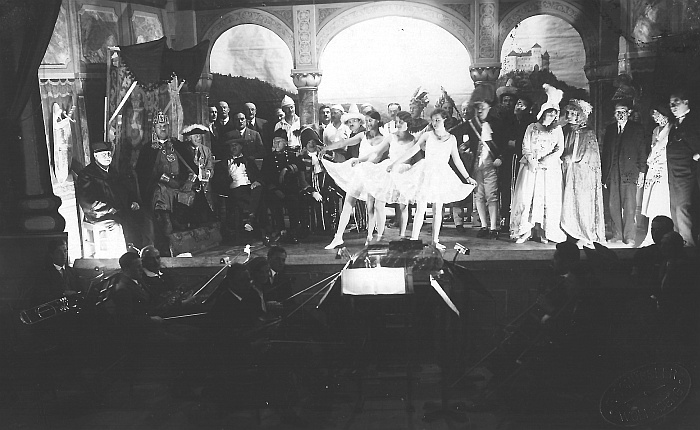 Komauer Tanz mit dem Drachen - Völkermarkt
