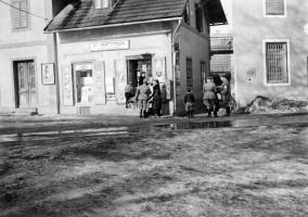 Gemischtwarenhandlung Mattitsch 1937