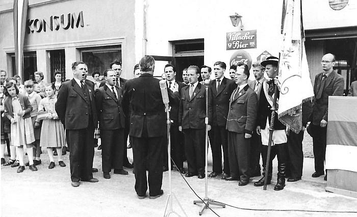 MGV Seerösl Empfang des Bundesbanners 1957
