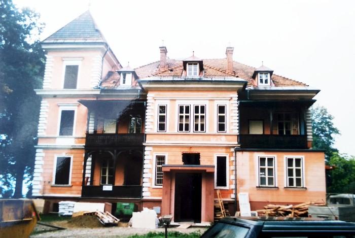 Parkvilla Nordansicht vor Renovierung 1987