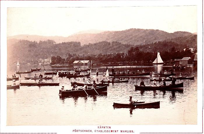 Parade Scherrl´scher Ruderboote des Etablissement Wahliss 1890er Jahre