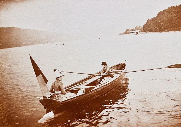 Zweier-Ruderboot der Familie Schindler von Kunewald 1892