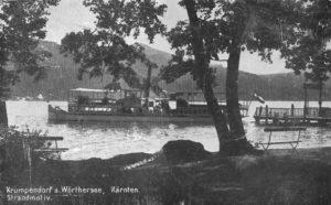 Strandmotiv mit Schiff Krumpendorf 1948