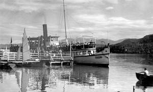 Schiffsanlegestelle mit Thalia 1947