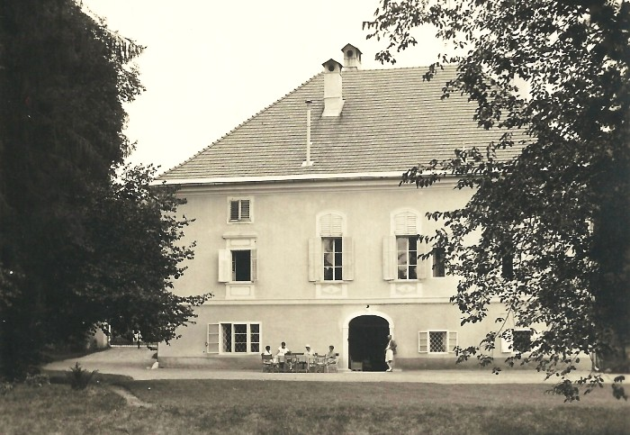 Schloss Krumpendorf Hofansicht 1937