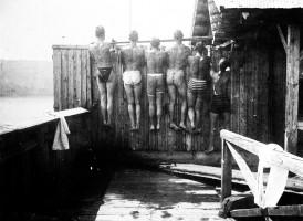 Badeanstalt Krumpendorf, Blick ins Damenbad 1893