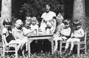 Tante Emmis Kindergarten in der Kaiserallee 1950