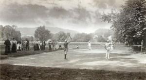 Erster Tennisplatz in Krumpendorf 1896