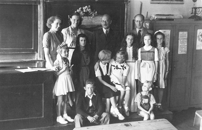 Akteuere der Schulschlussfeier 1951 Krumpendorf